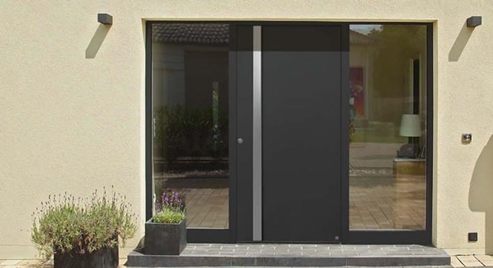 Imagenes de puertas de aluminio imagui for Puertas minimalistas exterior
