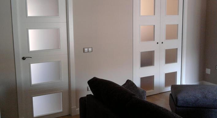 Puertas lacadas en blanco puertas y armarios benidorm - Puertas de interior macizas ...